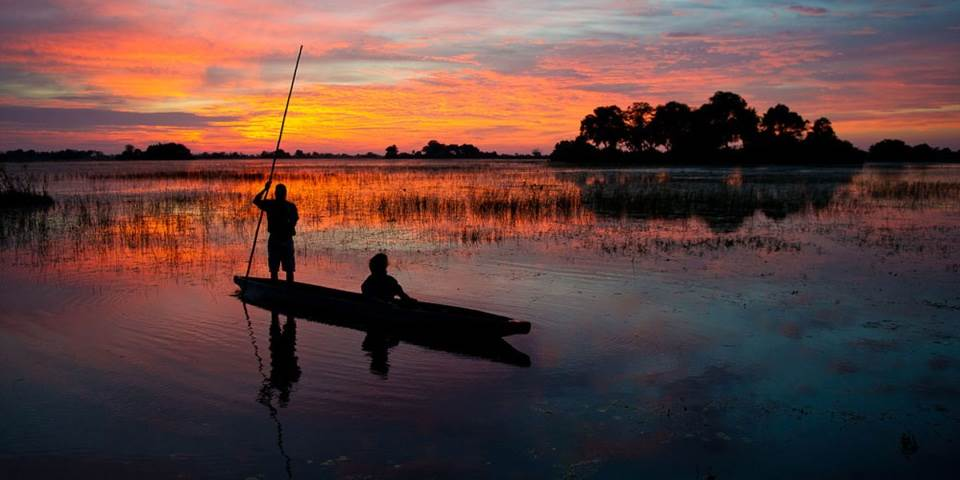 Mokoro canoe safari in the Okavango Delta from Jao safari camp