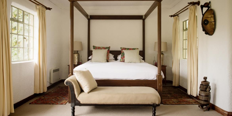 Sabyinyo Bedroom