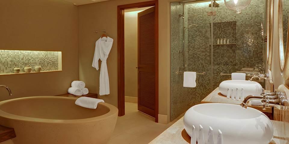 The st regis resort mauritius mirus journeys - Plus belle salle de bain du monde ...